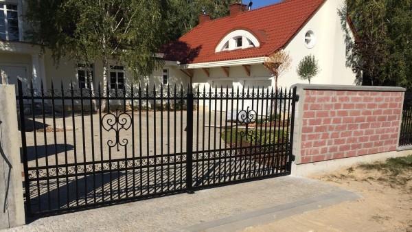 Brama Dwuskrzydłowa Marianów